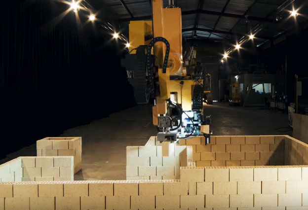 In Car Driving Lessons >> Hadrian X Brick-laying Robot Constructing a Home In 2 Days - Robotic Gizmos