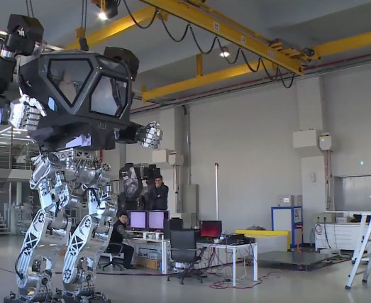 Method 2 13ft Manned Robot Robotic Gizmos